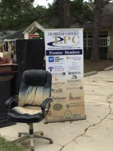 The Livingston Parish Chamber of Commerce cleanup is underway. (Photo courtesy April Wehrs)